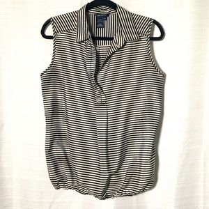 Max Edition B+W Striped Sleeveless Collared Blouse